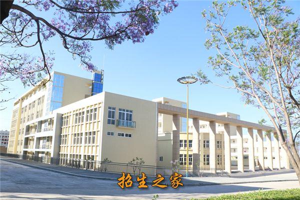 西昌学院教学楼